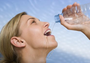 How Does Water Help You Lose Weight