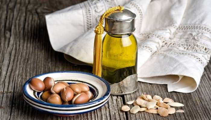 How To Use Argan Oil on Hair