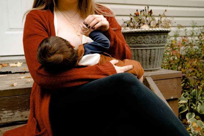 gassy foods to avoid while breast feeding